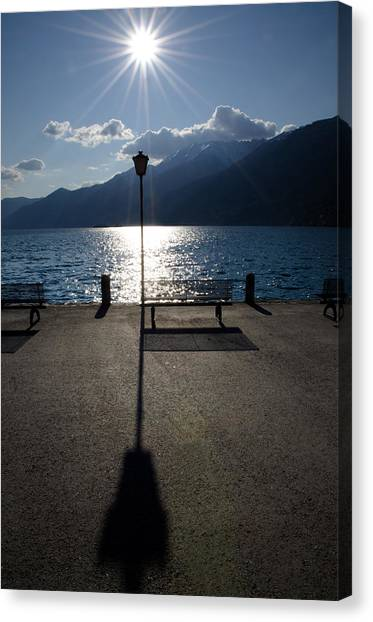 Bench And Street Lamp Canvas Print