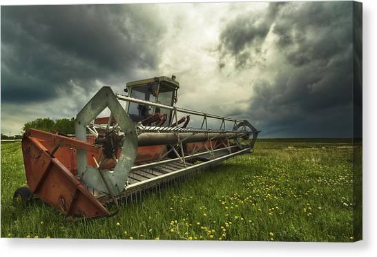 Between Storms Canvas Print by Stuart Deacon