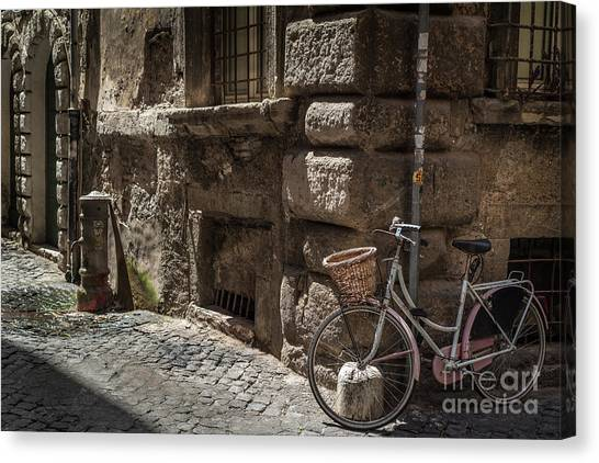 Bicycle In Rome, Italy Canvas Print