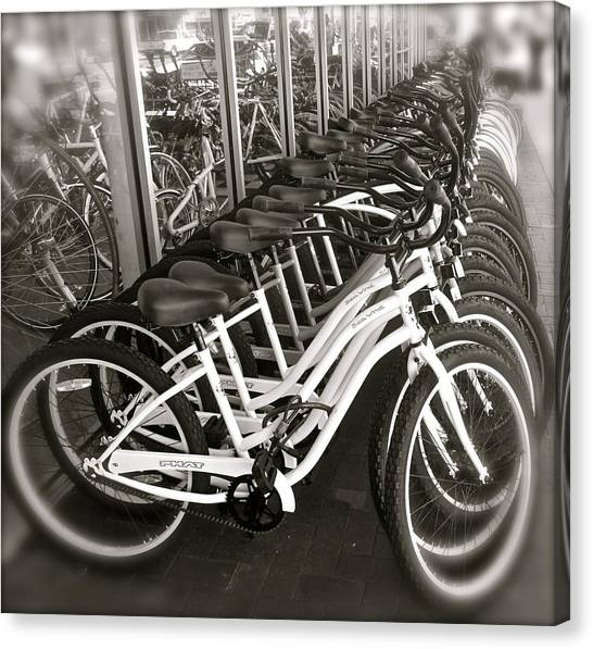 Bicycles In Belmont Shore Canvas Print