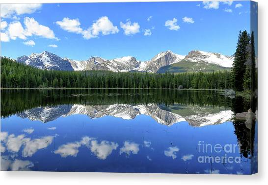 Bierstadt Lake In Rocky Mountain National Park Canvas Print