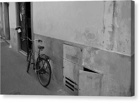 Bike In Alley Canvas Print