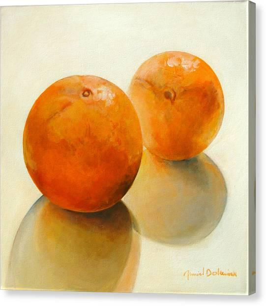Billes Oranges Canvas Print by Muriel Dolemieux