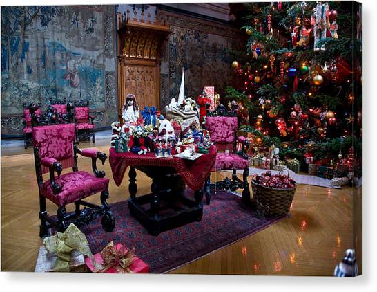 Biltmore Christmas   Canvas Print