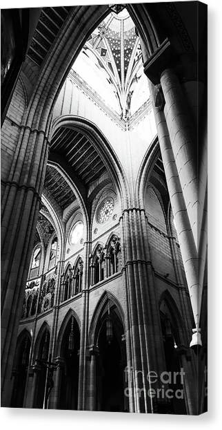 Black And White Almudena Cathedral Interior In Madrid Canvas Print