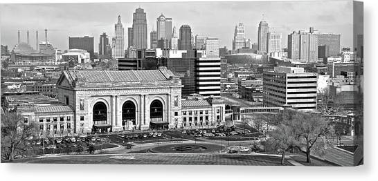 Downtown kansas city canvas print black and white kansas city 2016 by frozen in time
