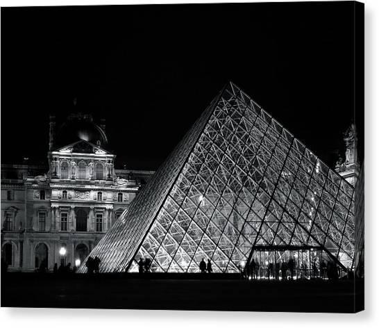 Le Louvre Canvas Print - Black And White Louvre by Peter Paulsen
