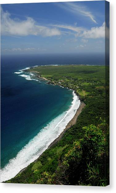 Kalaupapa Cliffs Canvas Print - Black Beach And Kalaupapa Peninsula Leper Colony Molokai by Reimar Gaertner