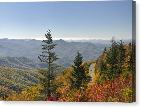 Blue Ridge Drive Canvas Print by Darrell Young