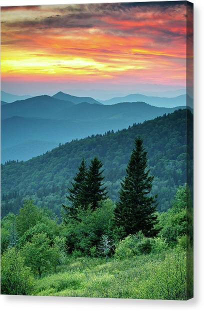 Blue Ridge Parkway Nc Landscape - Fire In The Mountains Canvas Print