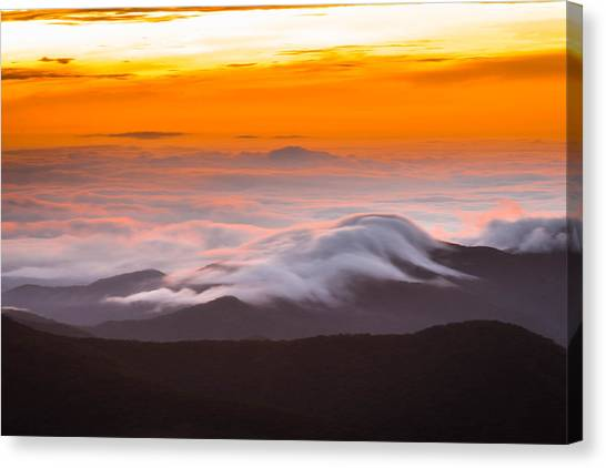 Blue Ridge Valley Of Clouds Canvas Print