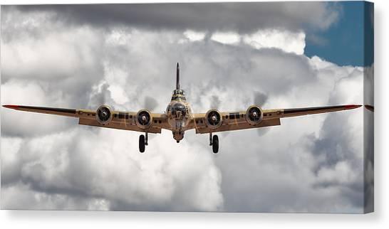 Boeing Inbound Canvas Print