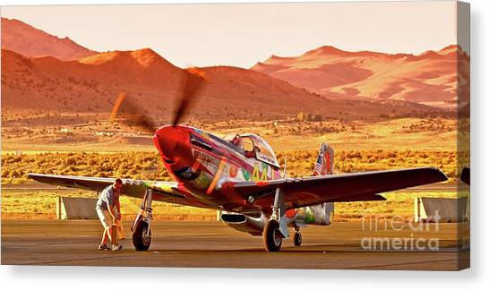 Boeing North American P-51d Sparky At Sunset In The Valley Of Speed Reno Air Races 2010 Canvas Print