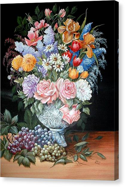 Bouquet In A Crystal Vase Canvas Print