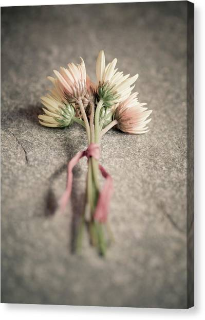 Canvas Print - Bouquet by Richard Nixon