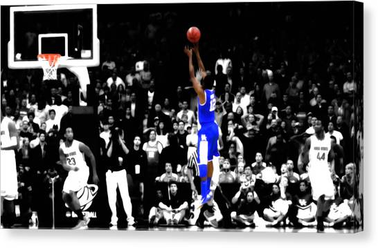University Of Kentucky Canvas Print - Brandon Knight Last Shot by Brian Reaves