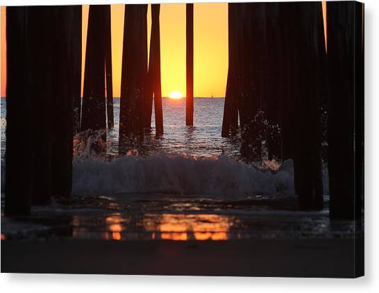 Breaking Dawn At The Pier Canvas Print