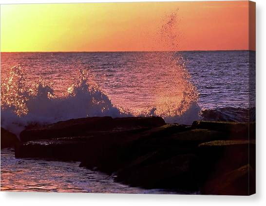 Breaking Wave At Dawn Canvas Print