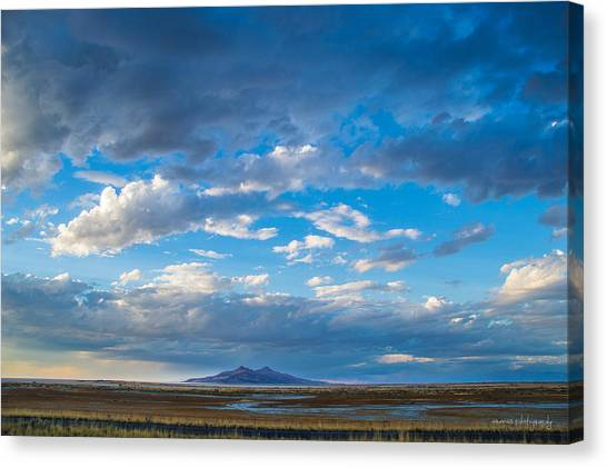 Breathtaking Nature Canvas Print