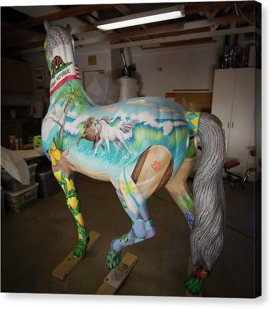 Breeders Cup Fiberglass Horseleft Back Canvas Print