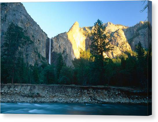 Bridal Vail Falls Sunset Canvas Print by George Oze