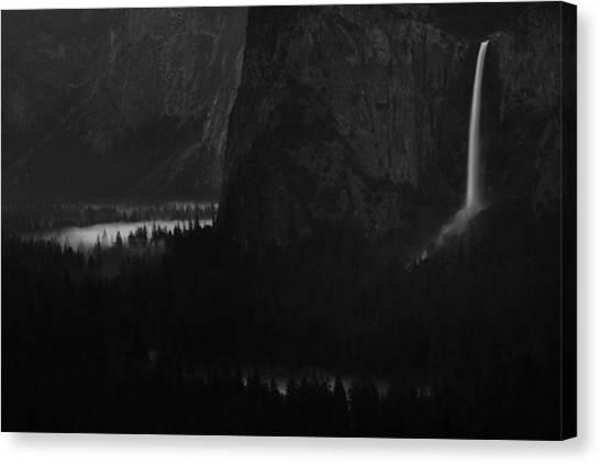 Bridalveil Falls Over Yosemite Valley Canvas Print