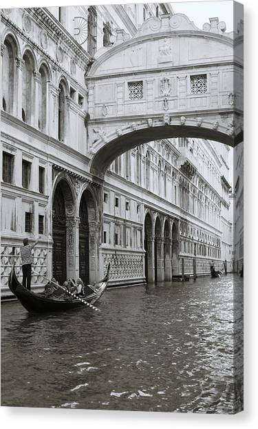 Bridge Of Sighs And Gondola, Venice, Italy Canvas Print