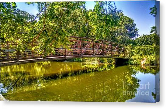 Bridge Over Delaware Canal At Colonial Park Canvas Print
