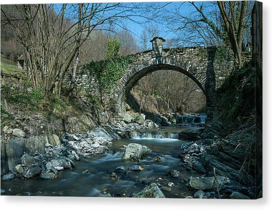 Bridge Over Peaceful Waters - Il Ponte Sul Ciae' Canvas Print