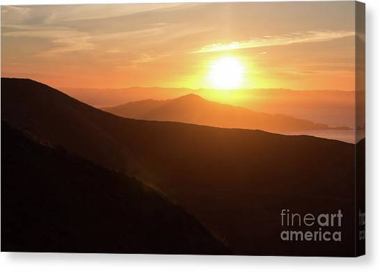 Bright Sun Rising Over The Mountains Canvas Print