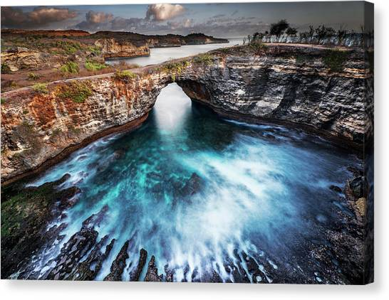 Canvas Print featuring the photograph Broken Beach, Bali by Pradeep Raja Prints