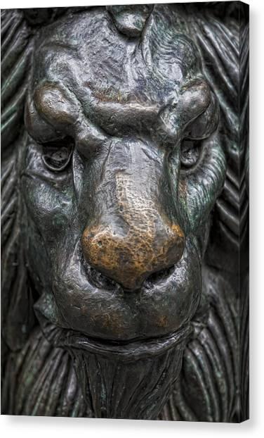 Bronze Lion Canvas Print by Robert Ullmann