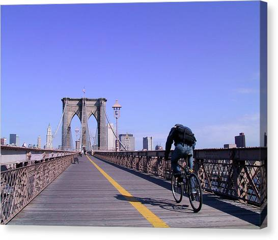 Brooklyn Bridge Bicyclist Canvas Print