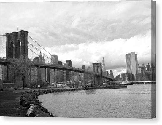 Brooklyn Bridge II Canvas Print
