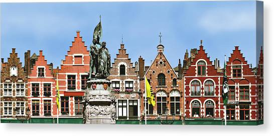 Bruge Canvas Print by Julie Geiss