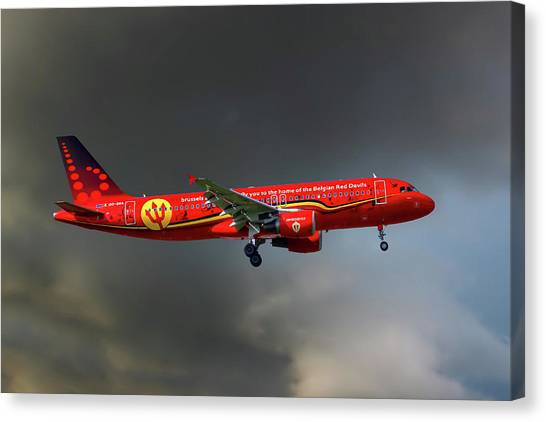 Airlines Canvas Print - Brussells Airlines Airbus A320-214 by Smart Aviation