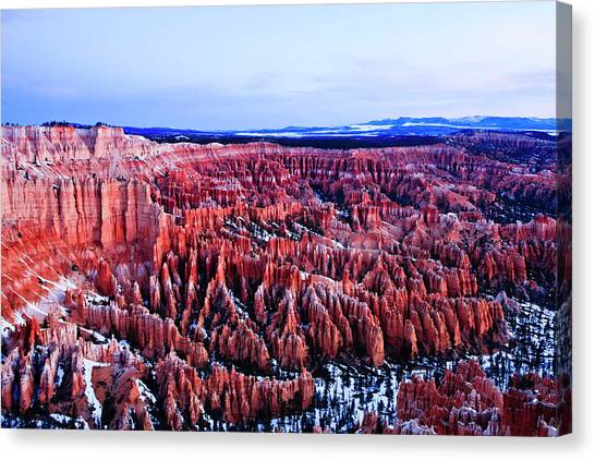 Bryce In The Morning Canvas Print by E Mac MacKay