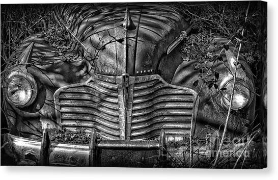 Buick Eight Front End Bw Canvas Print