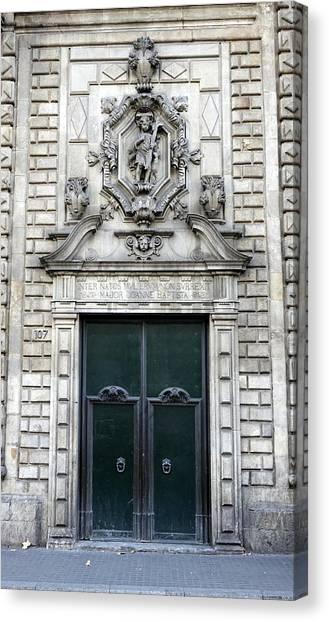 Building Artwork And Old Door In Barcelona Canvas Print