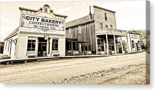 Buildings In The Eighteen Hundreds Town Of Fort Steele Bc Canada Canvas Print by Emilio Lovisa