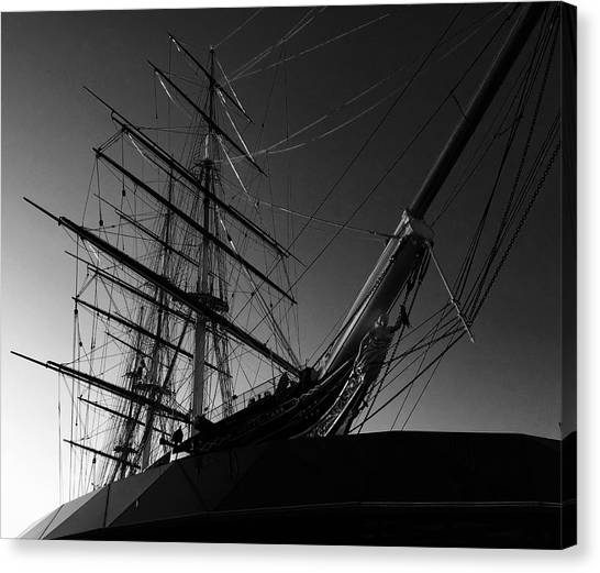 Bw Series Cutty Sark Five Canvas Print