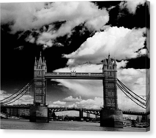 Bw Series Tower Bridge Canvas Print