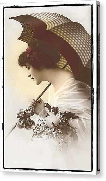 Bygone Beauty Canvas Print