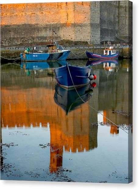 Caernarfon Reflections Canvas Print