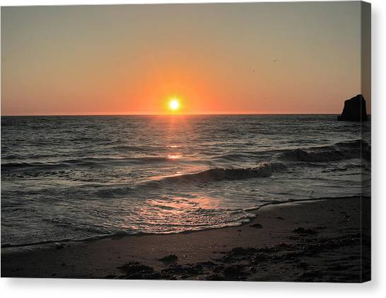 California Sunset Pacific Ocean Davenport  Canvas Print by Larry Darnell