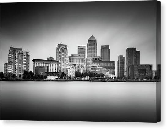 Canaries Canvas Print - Canary Wharf, London by Ivo Kerssemakers