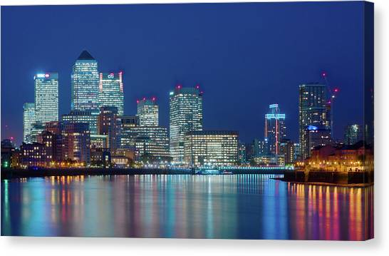 Canvas Print featuring the photograph Canary Wharf by Stewart Marsden