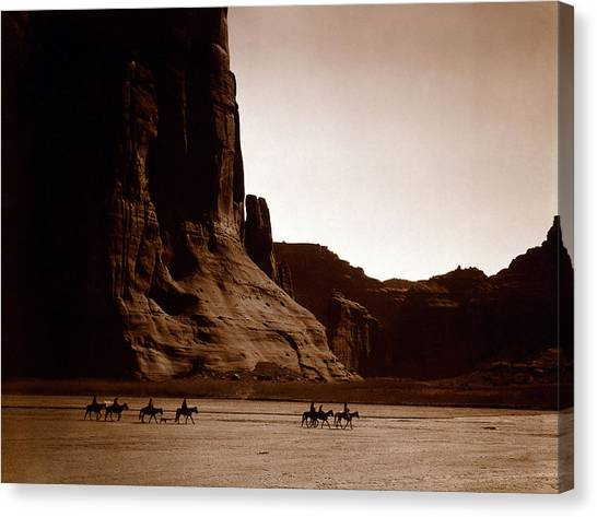 Canyon De Chelly 2c Navajo Canvas Print