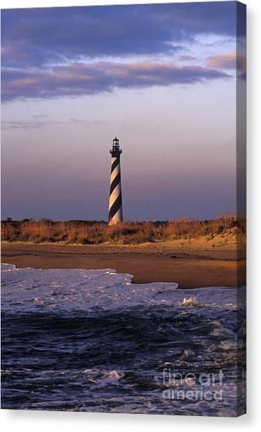 Cape Hatteras Lighthouse At Sunrise - Fs000606 Canvas Print