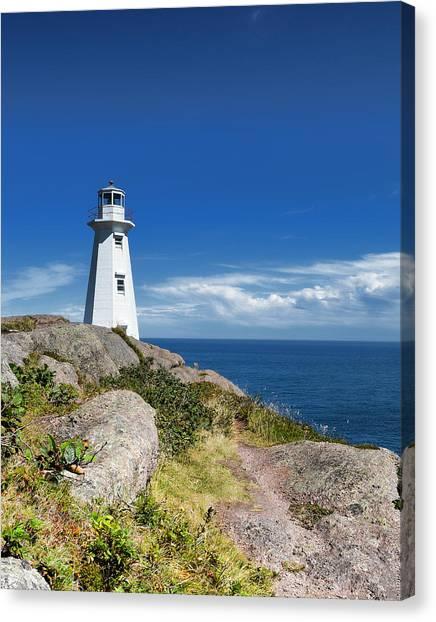 Cape Spear Lighthouse Vrt Canvas Print